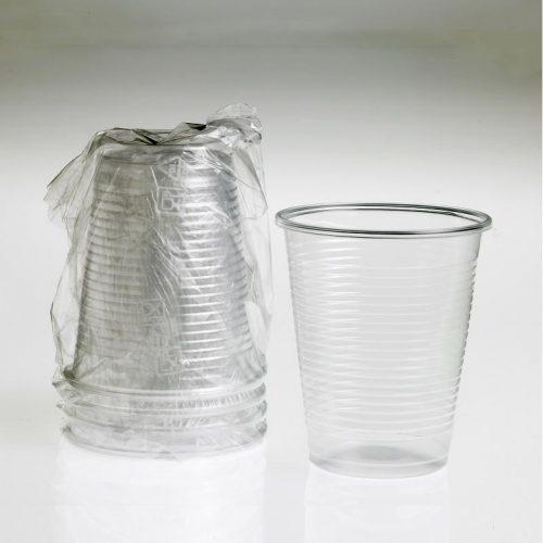 bicchieri trasparenti imbustati